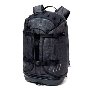 Oakley cycling aero pack backpack blackout